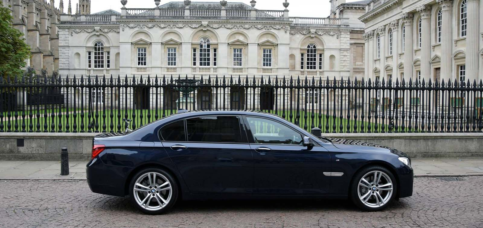 BMW Series 7 Luxury Cars Chauffeur Drive Cambridgeshire Private Hire Taxi